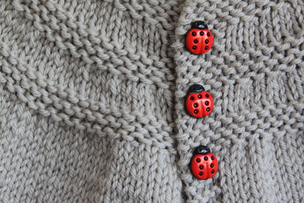 Ladybugs in threes (3/3)