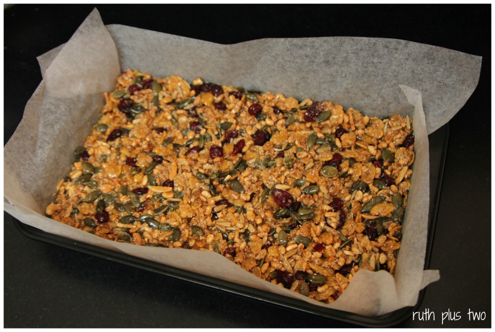 {Gluten-free & oat-free} muesli slice (3/4)