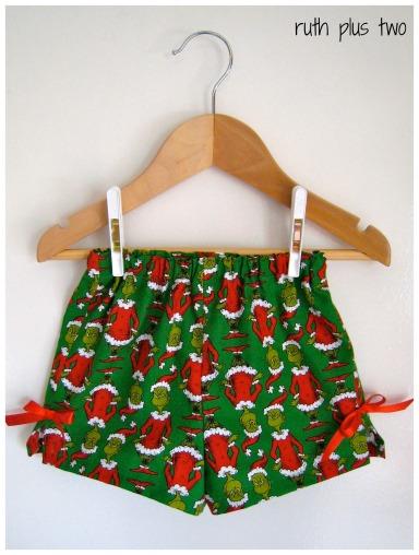 grinch shorts