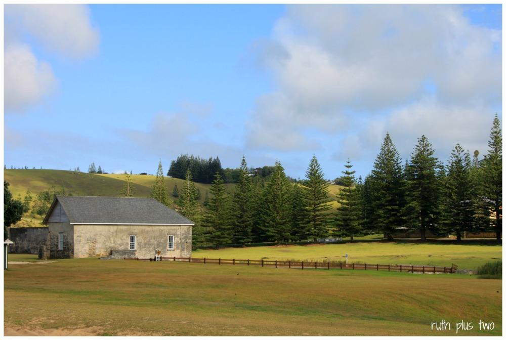 Norfolk Island (1/6)