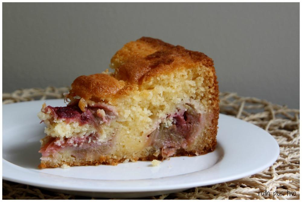 Cake season: {gluten-free} rhubarb custard cake (3/3)
