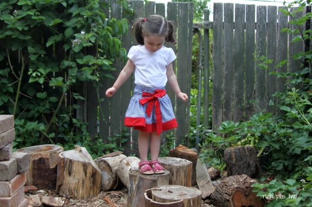 boo twirly skirt