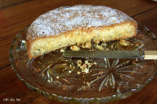 passionfruit curd cake